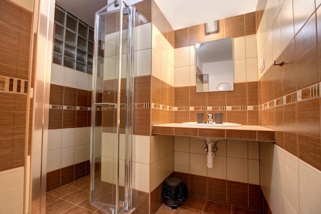 Dvojlôžková izba Komfort s prístelkou Penzión Zora Family Tatranská Lomnica